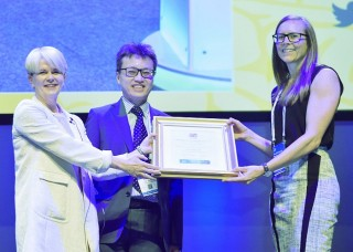 Dr Jane Chalmers accepts BSG Service Development Prize